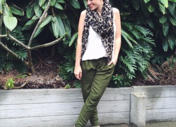 Khaki pants and a touch of leopard outfit