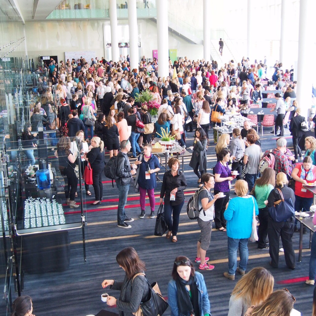 Just a few (about 700!) bloggers converged on the Gold Coast for the Problogger Training Event.