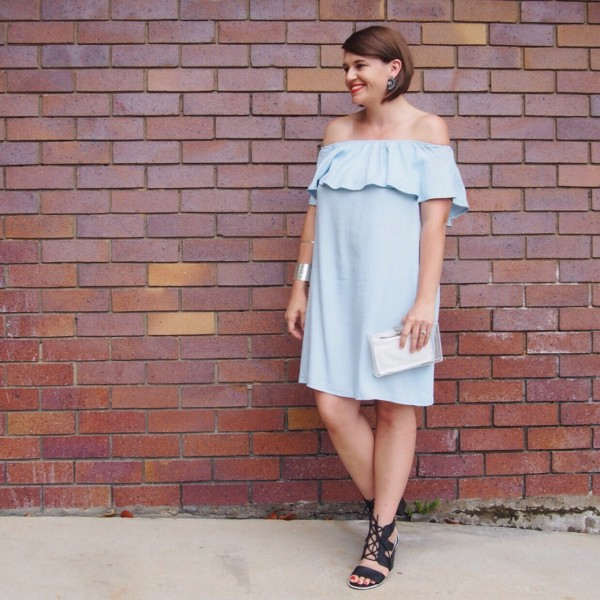 Off the shoulder chambray dress what i wore pretty chuffed for Cuisine you chambray