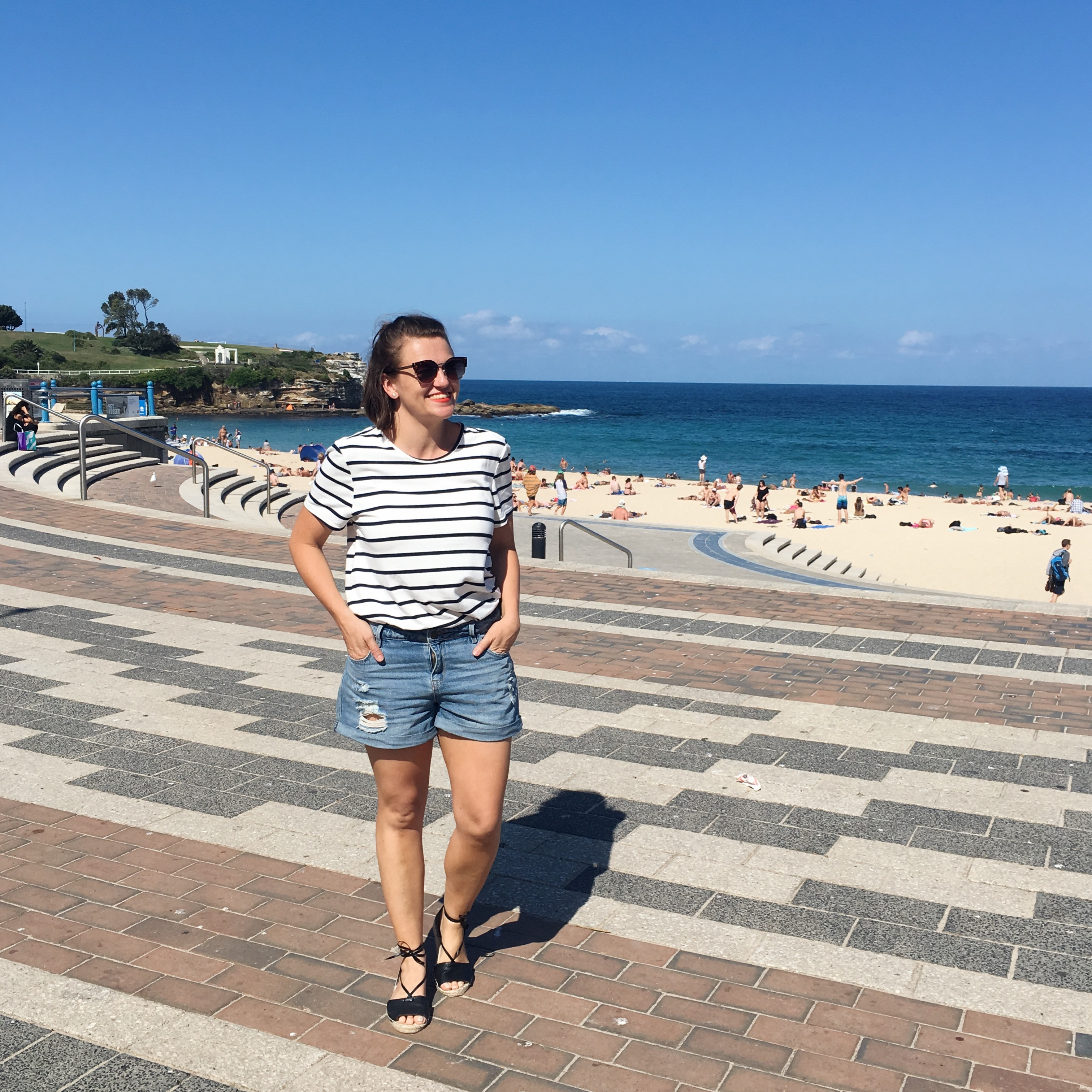 st frock striped tee and denim shorts outfit blogger